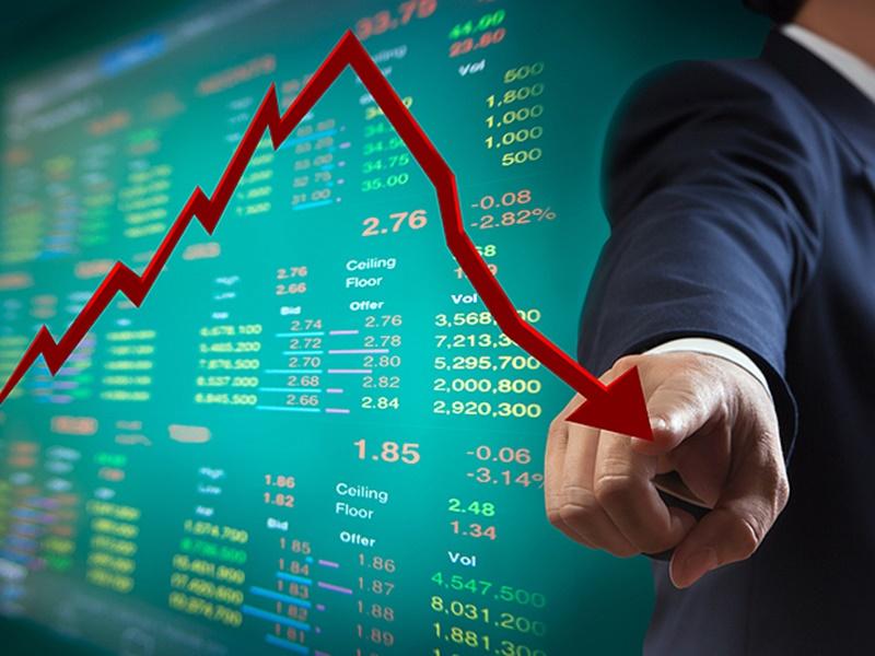 Top News LIVE: शेयर बाजार में बड़ी गिरावट, सेंसेक्स 614 अंक नीचे, जानिए कारण