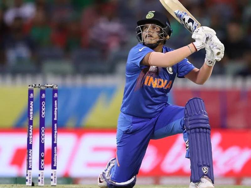 Shafali Verma को कहते हैं 'लेडी सहवाग', गेंदबाजों के छक्के छुड़ाकर बनाई नई पहचान