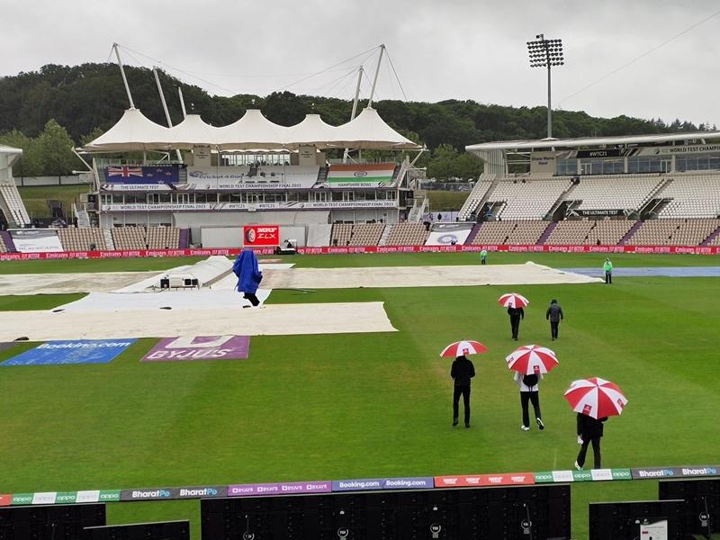 LIVE Ind vs NZ  WTC Final 2021: साउथैंप्टन में लगातार हो रही बारिश, नहीं होगा पहले सत्र का खेल