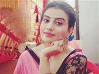 'Nanga Naach' कमेंट पर भड़कीं भोजपुरी एक्ट्रेस Akshara Singh, जानिए क्या है पूरा मामला