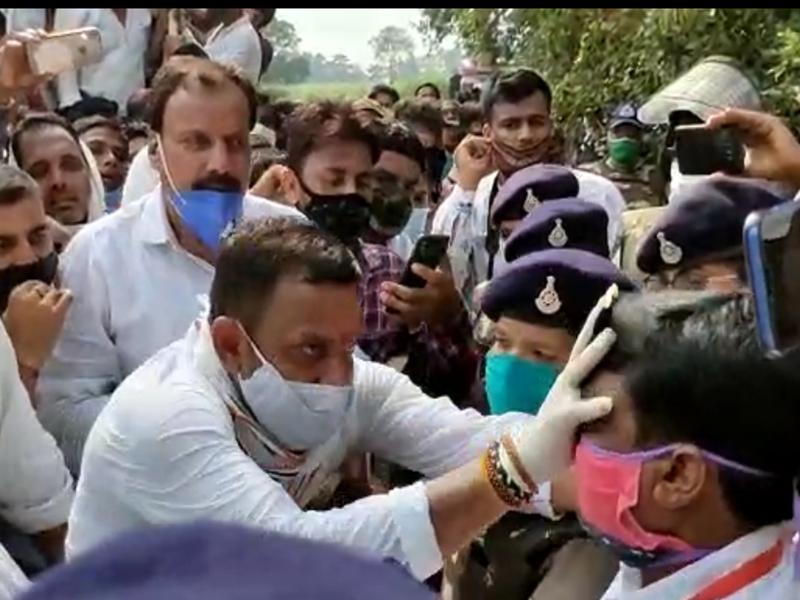 Chhindwara News: पदयात्रा समापन पर कांग्रेसियों का प्रदर्शन, एसडीएम के चेहरे पर पोती कालिख, देखें वीडियो