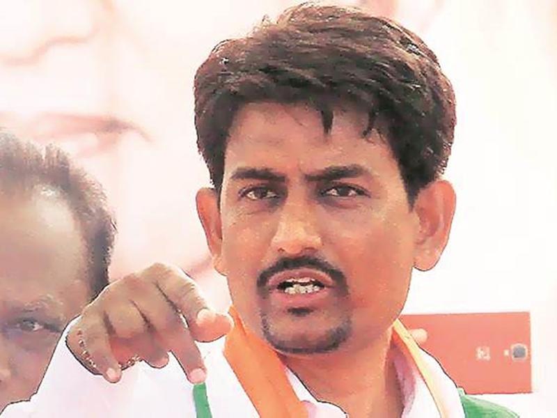 Gujarat By Poll: अल्पेश भी स्टार प्रचारकों में अंतिम स्थान पर, जानिए इसके मायने