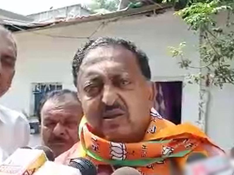 VIDEO: इंदौर में मान गए जगमोहन वर्मा, वापस भाजपा में शामिल