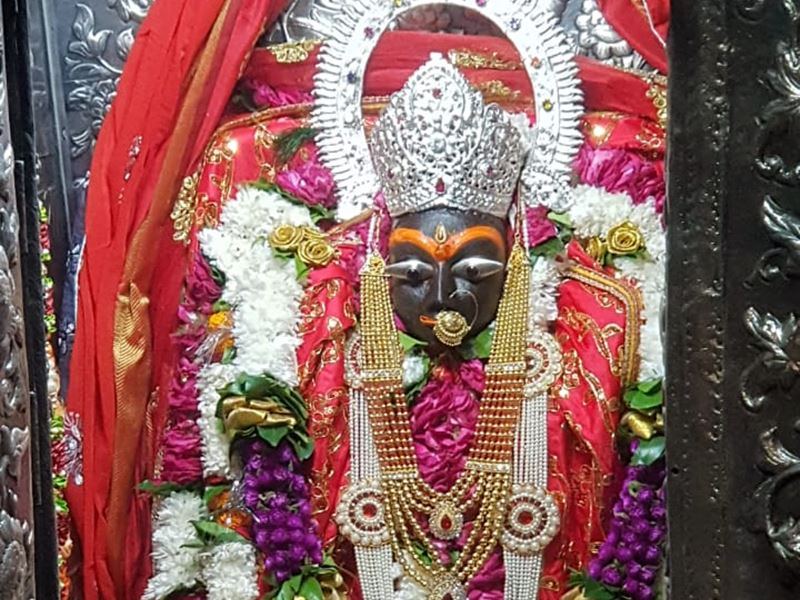 Navratri 2020: नवरात्र के दूसरे दिन मैहर की मां शारदा की विशेष आरती और श्रृंगार, देखिए VIDEO
