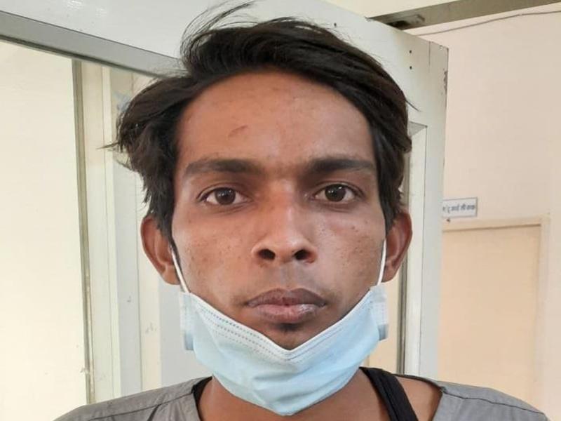 Remedesivir Black Marketing Indore: 52 हजार रुपये में रेमडेसिविर के दो इंजेक्शन बेच रहा था निजी अस्पताल का ओटी टेक्नीशियन, आरोपित गिरफ्तार