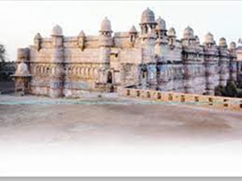 Gwalior News: धरोहर हमारे अतीत और पूर्वजों से कराती हैं परिचय,इनका संरक्षण बेहद जरूरी