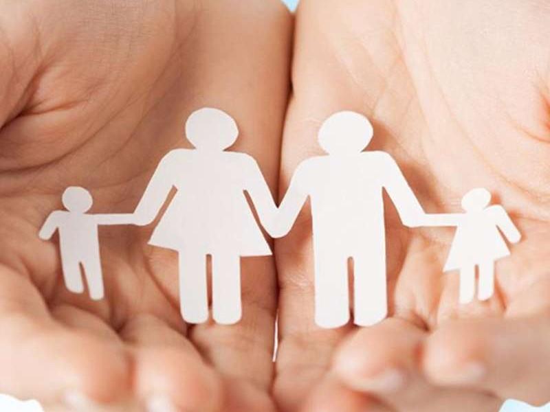 यूपी में दो से अधिक बच्चों के अभिभावकों को होगी परेशानी, सरकार ला रही जनसंख्या नियंत्रण कानून