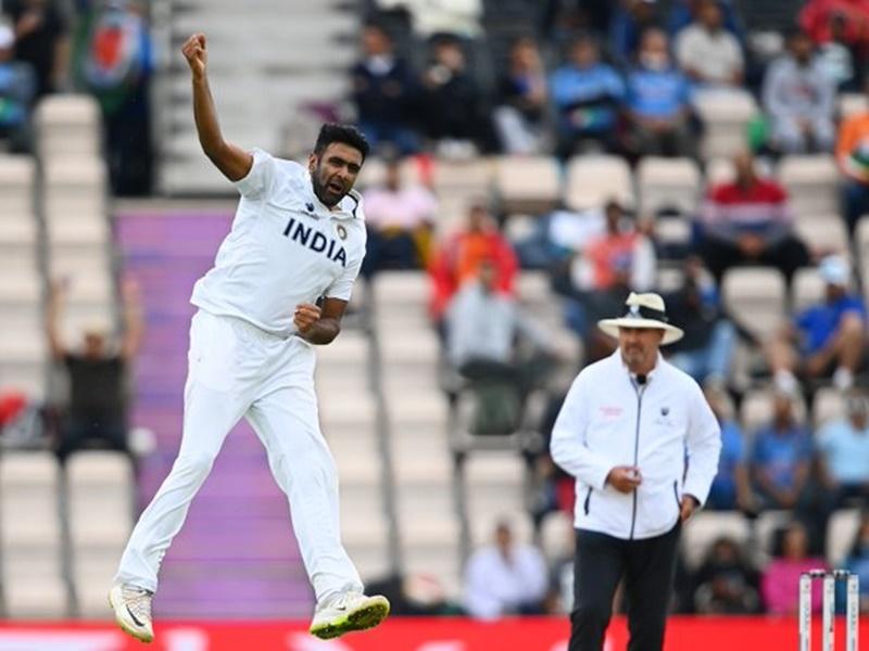 Live WTC Final IND vs NZ: तीसरे दिन मजबूत स्थिति में न्यूजीलैंड, भारतीय टीम 217 रनों पर सिमटी