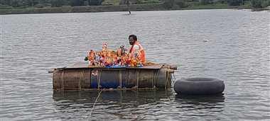 गणपति बप्पा मोरिया, अगले बरस तू जल्दी आ, पूरे दिन हुआ विसर्जन