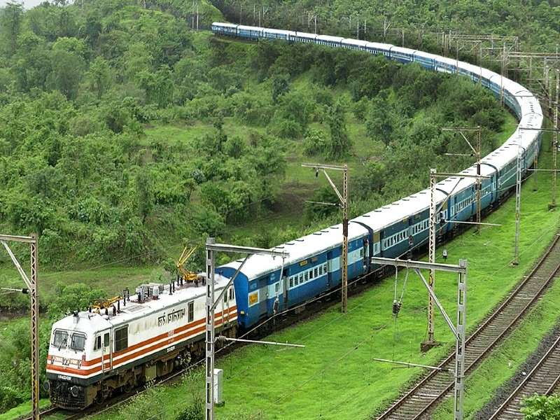 Char Dham Yatra Special Train: चारधाम यात्रा के लिए IRCTC ने शुरू की स्पेशल ट्रेन, जानिए किराया समेत पूरी जानकारी