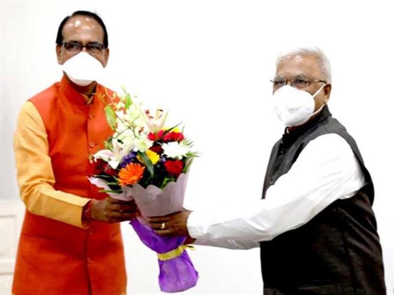 Madhya Pradesh News:  मुख्यमंत्री शिवराज सिंह चौहान ने राज्यपाल मंगुभाई पटेल से की सौजन्य भेंट