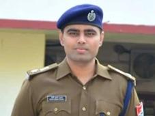 Bilaspur Railway News: बिलासपर रेलवे में मंडल सुरक्षा आयुक्त आरके शुक्ला पदोन्नत, बिलासपुर आरपीएफ के वरिष्ठ मंडल सुरक्षा आयुक्त बने