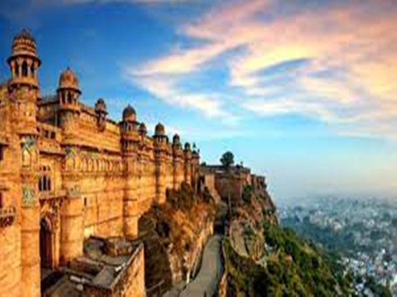 Gwalior UNESCO News: यूनेस्को की टीम हेरिटेज के साथ लोगों के जुड़ाव का कर रही सर्वे