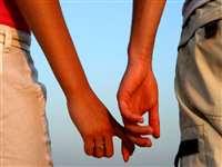 Live in Relationship : स्कूल में प्यार, फिर लिव-इन, अब दुष्कर्म का केस, ये है पूरा मामला