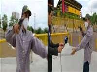 TV Reporter Robbed: टीवी रिपोर्टर से दिनदहाडे बंदूक की नोक पर हुई लूट, देखें वीडियो