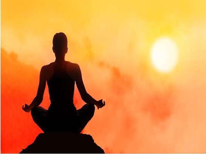 Jabalpur News: तनाव से मुक्त रहने लोग ले रहे आध्यात्म का सहारा