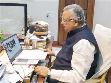 पूर्व सीएम डा. रमन ने मुख्यमंत्री भूपेश को घेरा, कहा-जवाबदेही में प्रदेश सरकार फेल