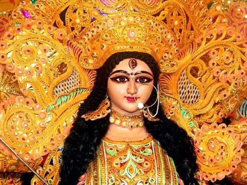Happy Durga Ashtami 2021: खास संदेशों से अपनों को दीजिए दुर्गा अष्टमी की शुभकामनाएं