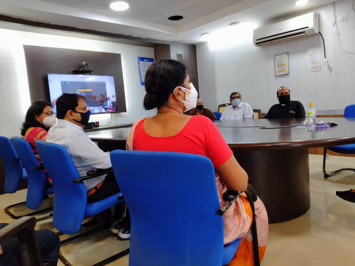मुख्यमंत्री शिवराज ने धर्मगुरु और विभिन्ना प्रतिनिधियों से की चर्चा