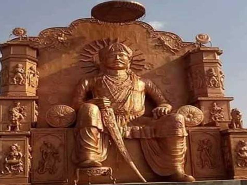 उज्जैन में सम्राट विक्रमादित्य के सिंहासन से उखड़ रहे पत्थर