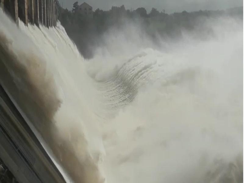 Bargi Dam Jabalpur: बरगी बांध के गेटों की ऊंचाई कम की गई