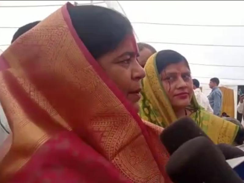 Madhya Pradesh Politics: इमरती देवी बोलीं-कमल नाथ पर एफआईआर जरूर करूंगी
