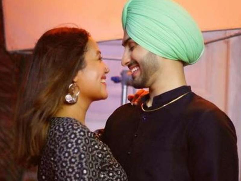 Neha Kakkar Wedding News : नेहा कक्कड़ ने रोका की रस्म का वीडियो किया शेयर, जानिये इस इवेंट की खास बातें