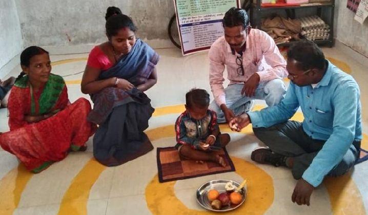 Bastar Nutrition Campaign : कुपोषित बच्चों का वजन बढ़ा , शिक्षक फूले नहीं समा रहे