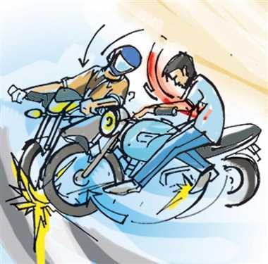 दो बाइक की टक्कर में एक युवक की मौत, दो गंभीर भोपाल रेफर