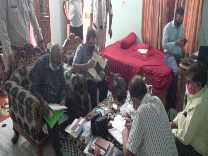 Lokayukt Raid in Morena: नगर निगम का लेखाधिकारी निकला करोड़ों का आसामी