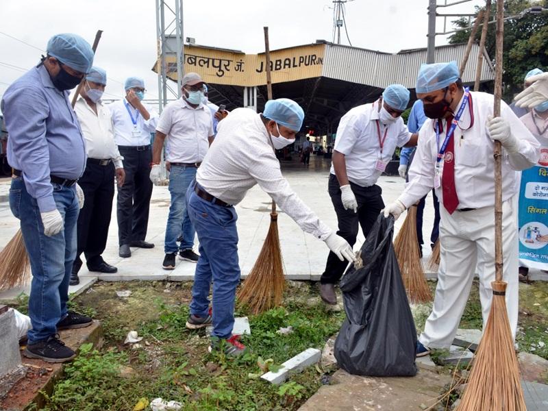 Cleanliness Campaign: रेलगाडि़यों की स्वच्छता के लिए जुटेगा मैकेनिकल विभाग