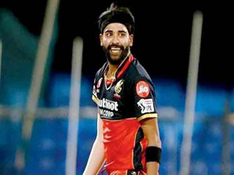 KKR vs RCB: मोहम्मद सिराज IPL में यह कमाल करने वाले दुनिया के पहले गेंदबाज बने