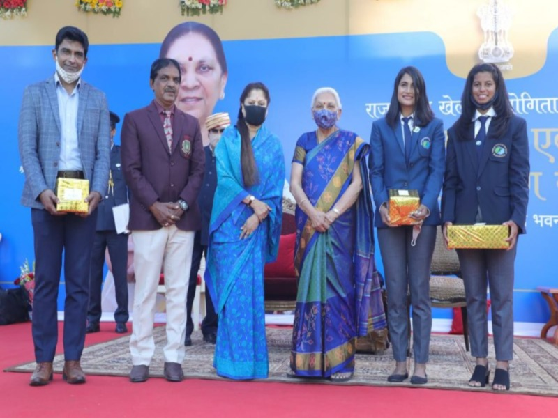 Bhopal Sports News: राज्यपाल आनंदीबेन पटेल ने कहा अच्छी सोच और स्वास्थ्य के लिए जरूरी है खेल