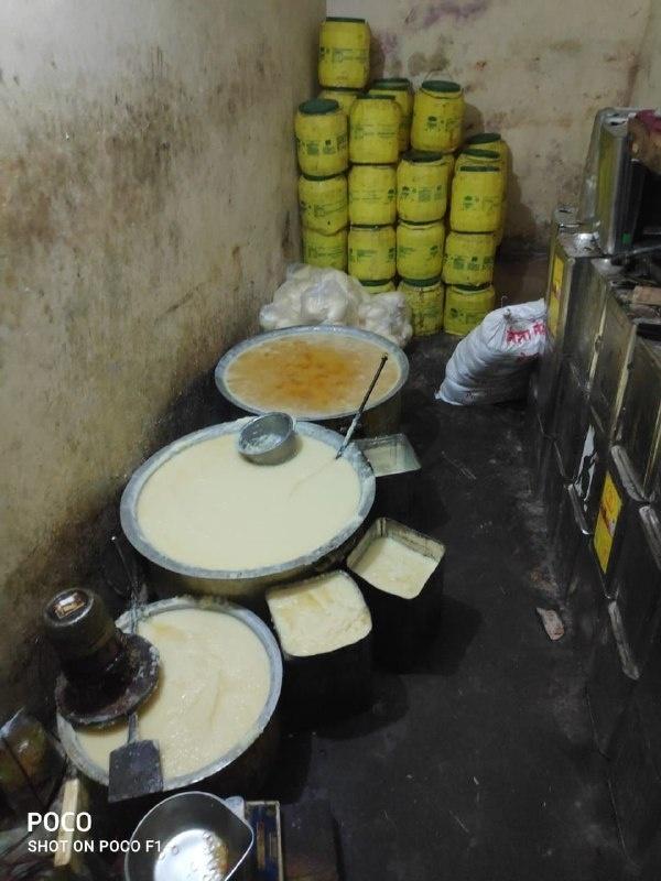 Jabalpur News : नकली घी बनाने की फैक्ट्री में छापा, 500 किलो घी जब्त