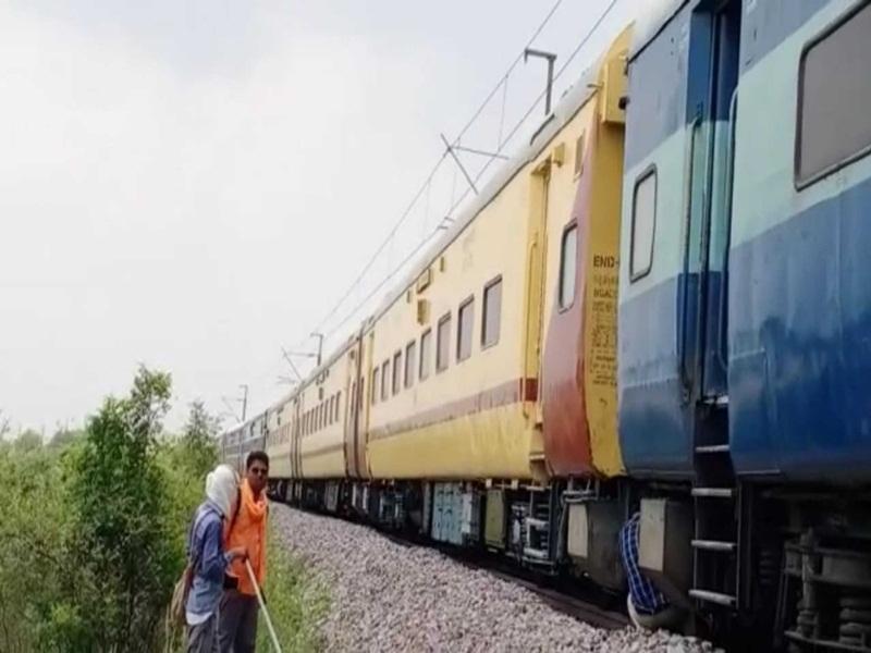 Gwalior Burning Train: विशाखापट्टनम-हजरत निजामुद्दीन एक्सप्रेस की एसी बोगी में शार्ट सर्किट से लगी आग