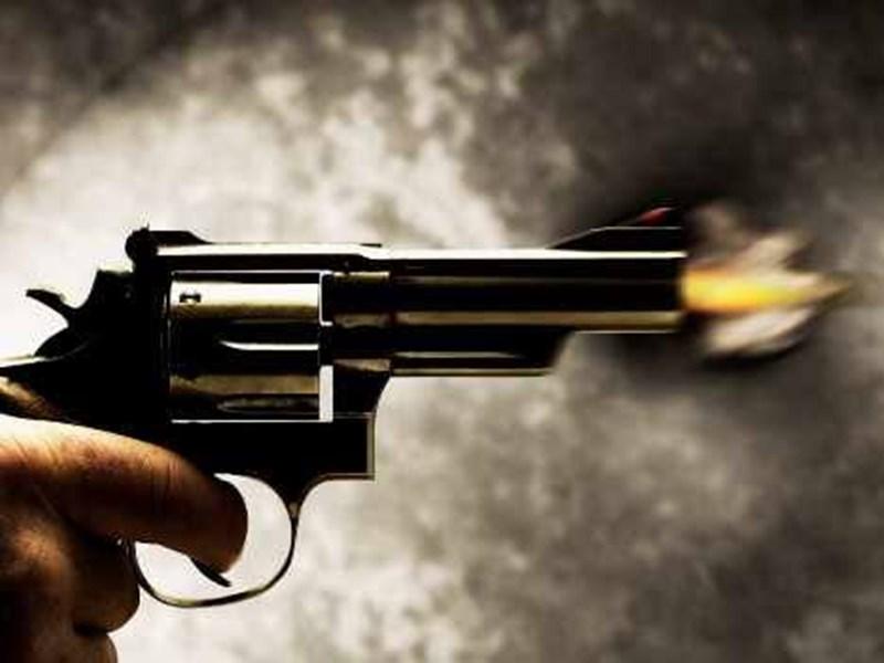 भोपाल के व्यापारी ने बदमाश से खुद पर चलवाई गोली, जानें क्या है पूरा मामला