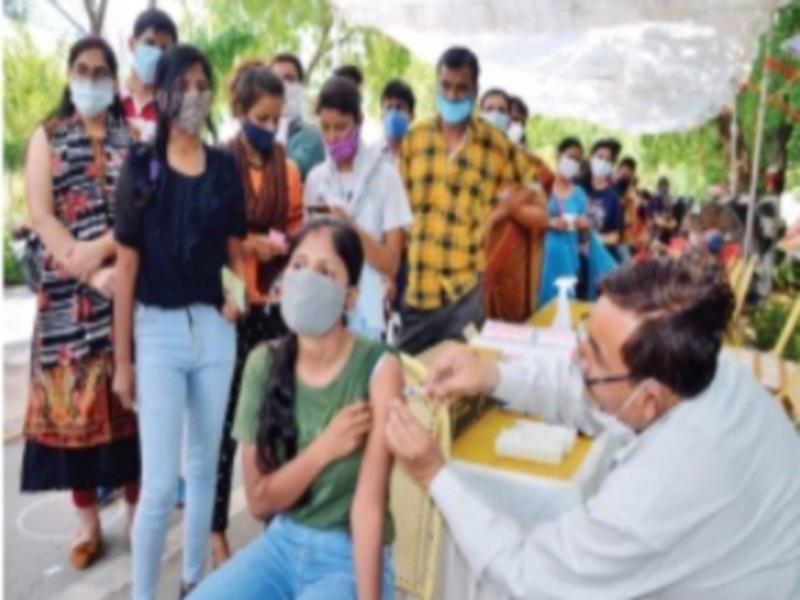 Gwalior Vaccination News: महामारी से लड़ने 89 हजार बाजुओं पर टीके का योग