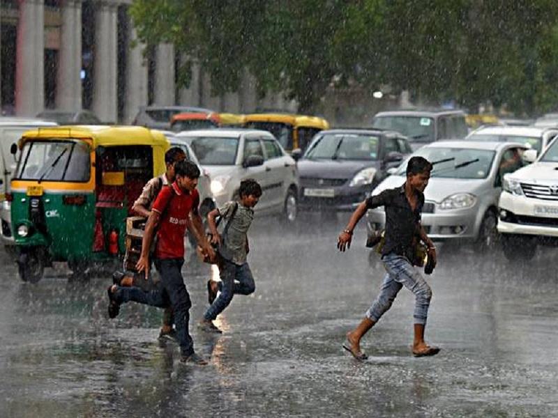 Weather Update: उत्तराखंड में जोरदार बारिश, अगले 24 घंटों में इन राज्यों में बारिश का अलर्ट