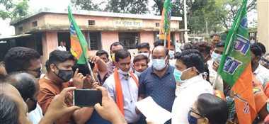 अनुराग सिंह की मौत से नाराज भाजपाईयों ने रैली निकाल,एसडीएम को सौंपा ज्ञापन