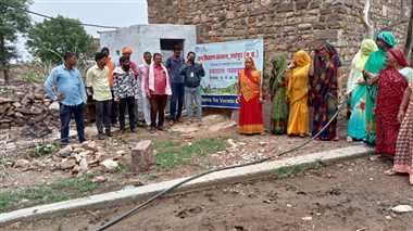 श्योपुरः वर्मी कम्पोस्ट का उपयोग कर बढ़ाए उर्वरा शक्ति
