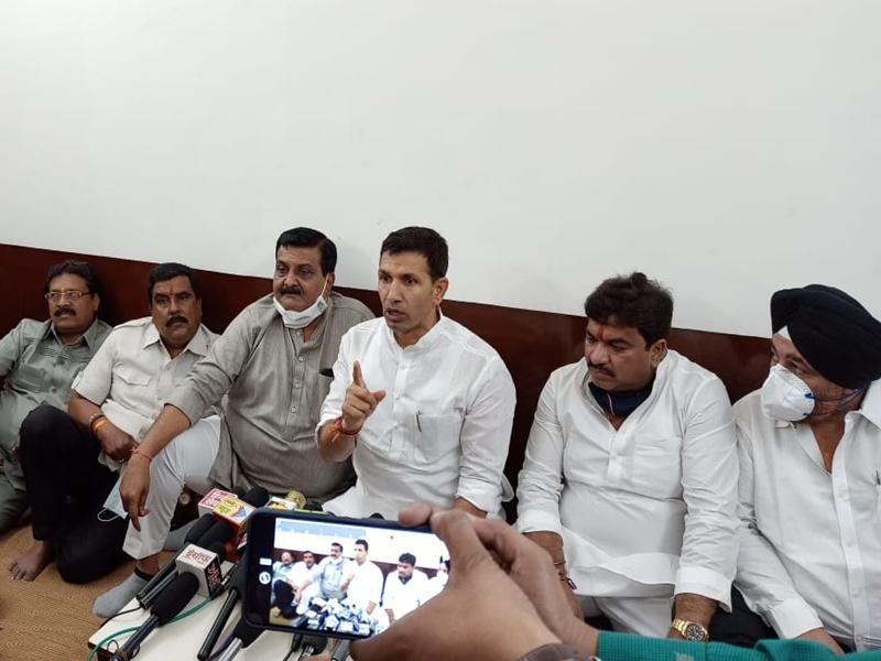 Oxygen Shortage Indore: प्रदेश के मंत्री क्या ऑक्सीजन टैंक की पूजा करने भांग के नशे में गए थे - जीतू पटवारी