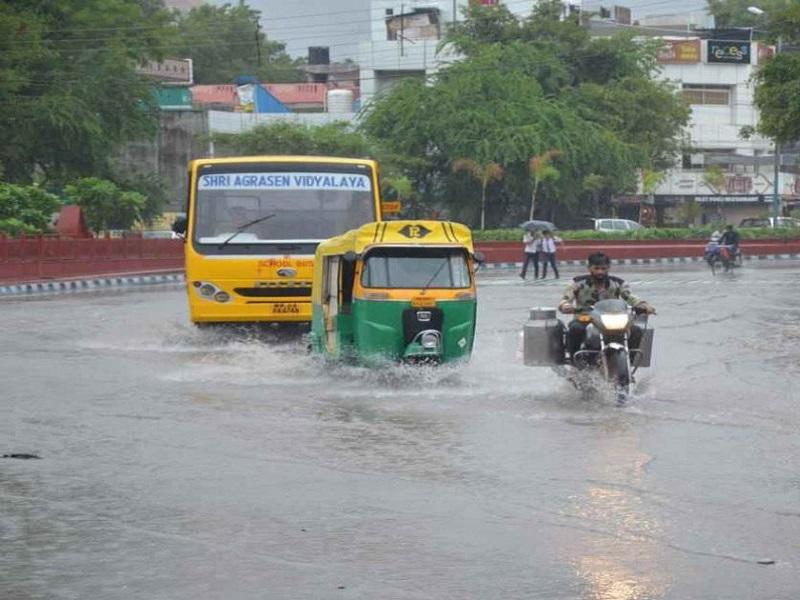 IMD Alert: दिल्ली, उत्तर प्रदेश और हरियाणा में भारी बारिश का अलर्ट, जानिए महाराष्ट्र का हाल