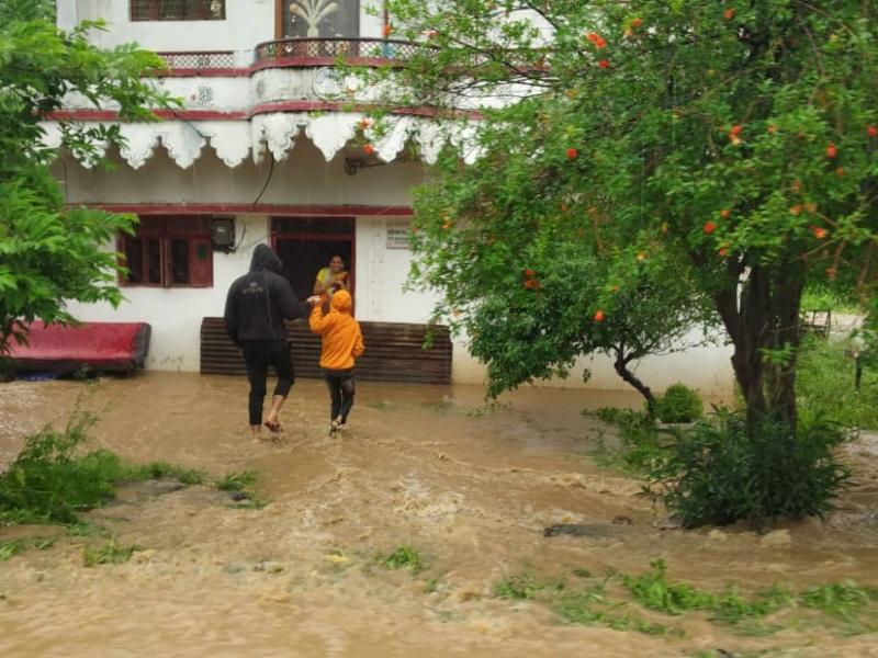 Heavy Rain in Betul: झमाझम बारिश से नदी-नाले उफान पर, भैंसदेही में घरों में घुसा पानी
