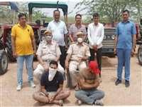 Jaisalmer: पुलिस ने ट्रैक्टर चोर गिरोह का किया खुलासा, मास्टरमाइंड समेत दो गिरफ्तार, 5 ट्रैक्टर बरामद