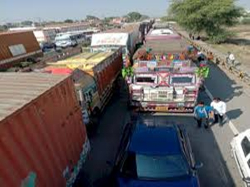 Gwalior Business News: शिपिंग कंपनियों ने बढाई कंटेनर की दरें, माल को निर्यात में आ रही परेशानी