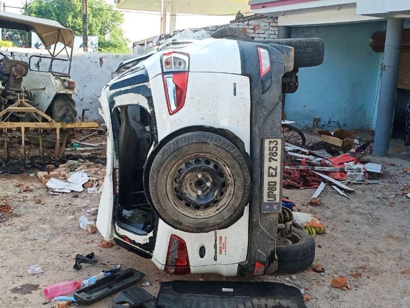 Accident in Gwalior: मकान में घुसी तेज रफ्तार कार, दो की मौत, 7 घायल