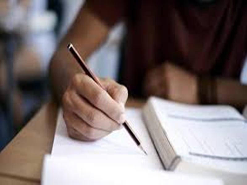 College Exam 2020: 1 नवंबर से देश के सारे कॉलेजों में लगेगी First Year की क्लास, एकेडमिक कैलेंडर जारी, जानिये परीक्षा का समय