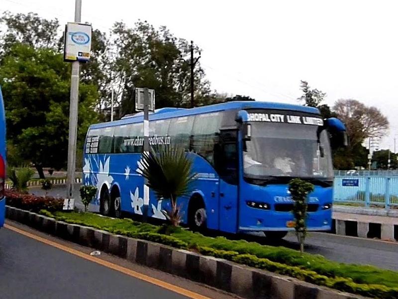 Indore Bhopal Chartered Bus : चार्डर्ट बस में यात्रियों को नहीं मिल रहा नाश्ता-पानी, हो रहे परेशान