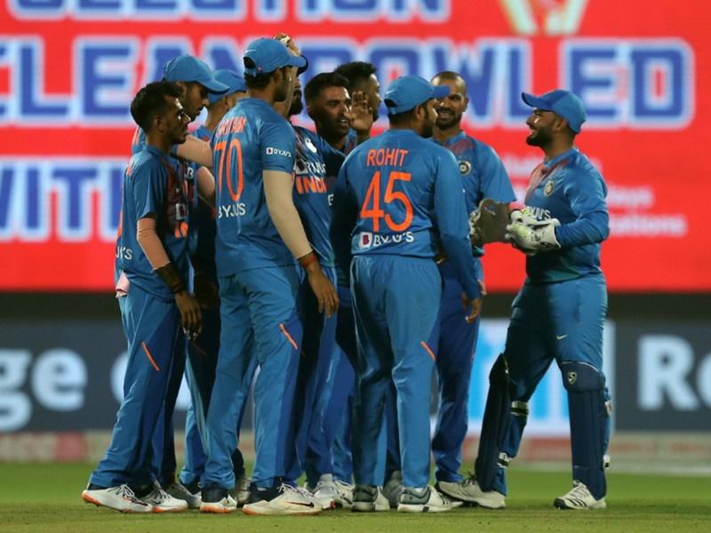 India vs West Indies: टी20 सीरीज के कार्यक्रम में बदलाव, मुंबई में अब होगा तीसरा मैच