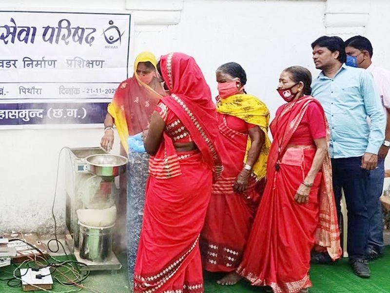 गांव में शराब बंदी कर बुंदेली की महिलाओं ने स्वरोजगार की ओर बढ़ाया कदम